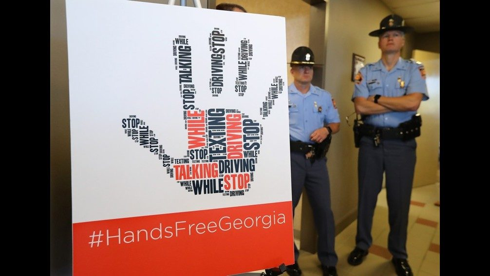 TEXTING AND DRIVING LAWS IN GEORGIA: What the new Hands-Free Georgia
