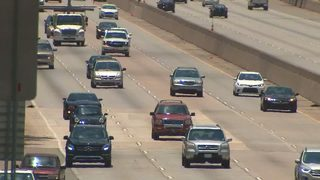 New express lanes may have drivers paying to drive along parts of GA 400