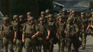 Suspect arrested after hours-long SWAT standoff at Cobb County hotel