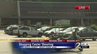 3 shot as gunfire erupts in grocery store parking lot, police say