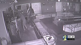 Jewelry store owner ready to move locations after thieves stole tens of thousands from store