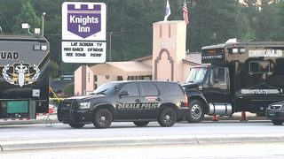 Attempted robbery at Waffle House leads to SWAT standoff at motel