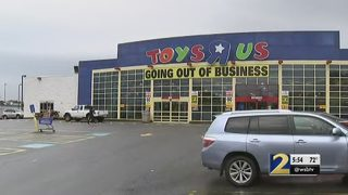 All remaining Toys R Us stores shut down