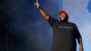 Rapper Killer Mike to host free haircut events for Atlanta students