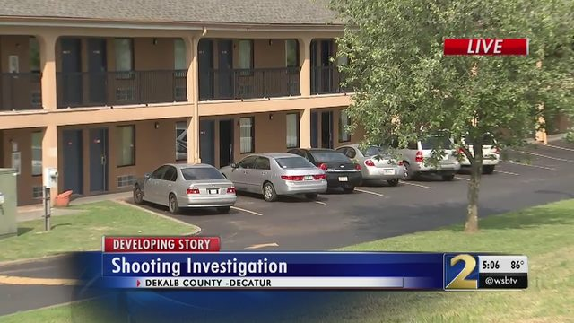 Man killed in triple shooting at DeKalb County motel | WSB-TV