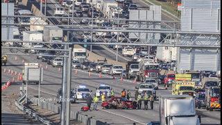 1 killed in crash that blocks multiple lanes of I-85 NB in Gwinnett