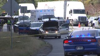 Suspect killed after firing gun while handcuffed during traffic stop on I-75
