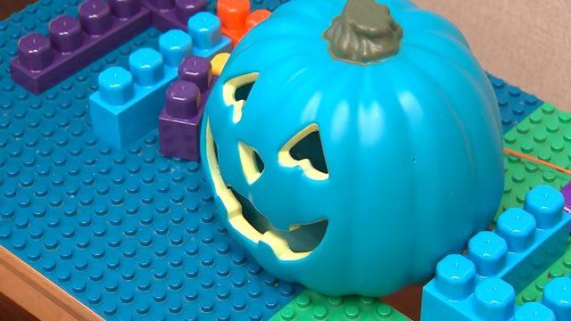 teal pumpkins on halloween how teal pumpkins make halloween safe
