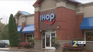 Popular breakfast restaurant fails health inspection