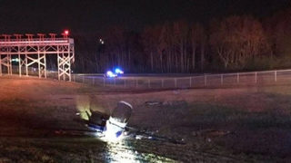 1 dead, 1 transported to hospital after plane crash at Gainesville airport