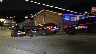 14-year-old, woman killed at southwest Atlanta apartment complex hours apart