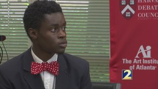 Harvard Debate Council Diversity Project scholar celebrates Ivy League school acceptance
