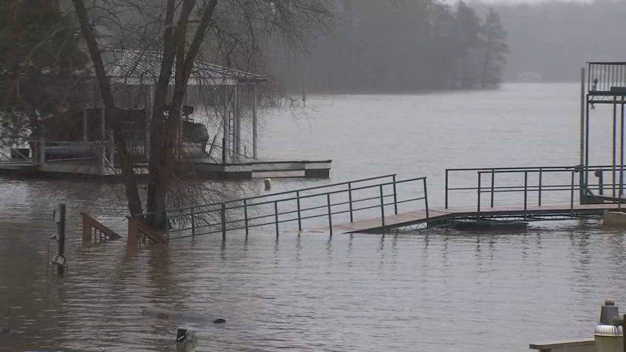 LAKE LANIER WATER LEVEL: Rising water levels cause concerns