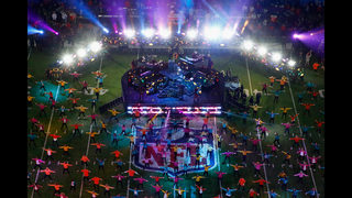 Hundreds of people needed to participate in Super Bowl halftime show
