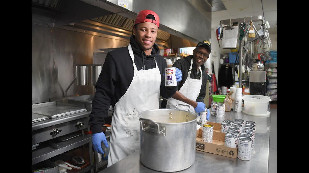 Photos Nfl Superstar Saquon Barkley Donates 100k Bowls Of