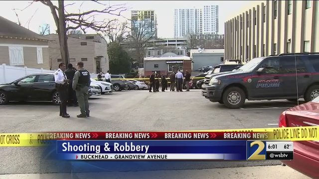 Off-duty Atlanta Fire captain shot during robbery, police