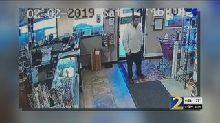 Man caught on camera stealing jar of donation money for animal shelter
