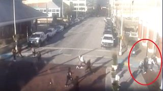 VIDEO: Fight breaks out as thieves steal 2 Super Bowl tickets worth $5K