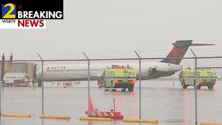 Flight headed to Atlanta struck by lightning, forced to make emergency landing