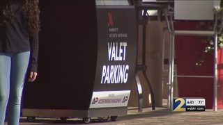 Thieves steal cars, keys from hotel valet