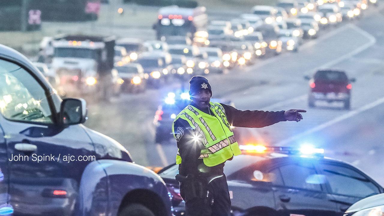 Man hit, killed along busy Clayton County road   WSB-TV