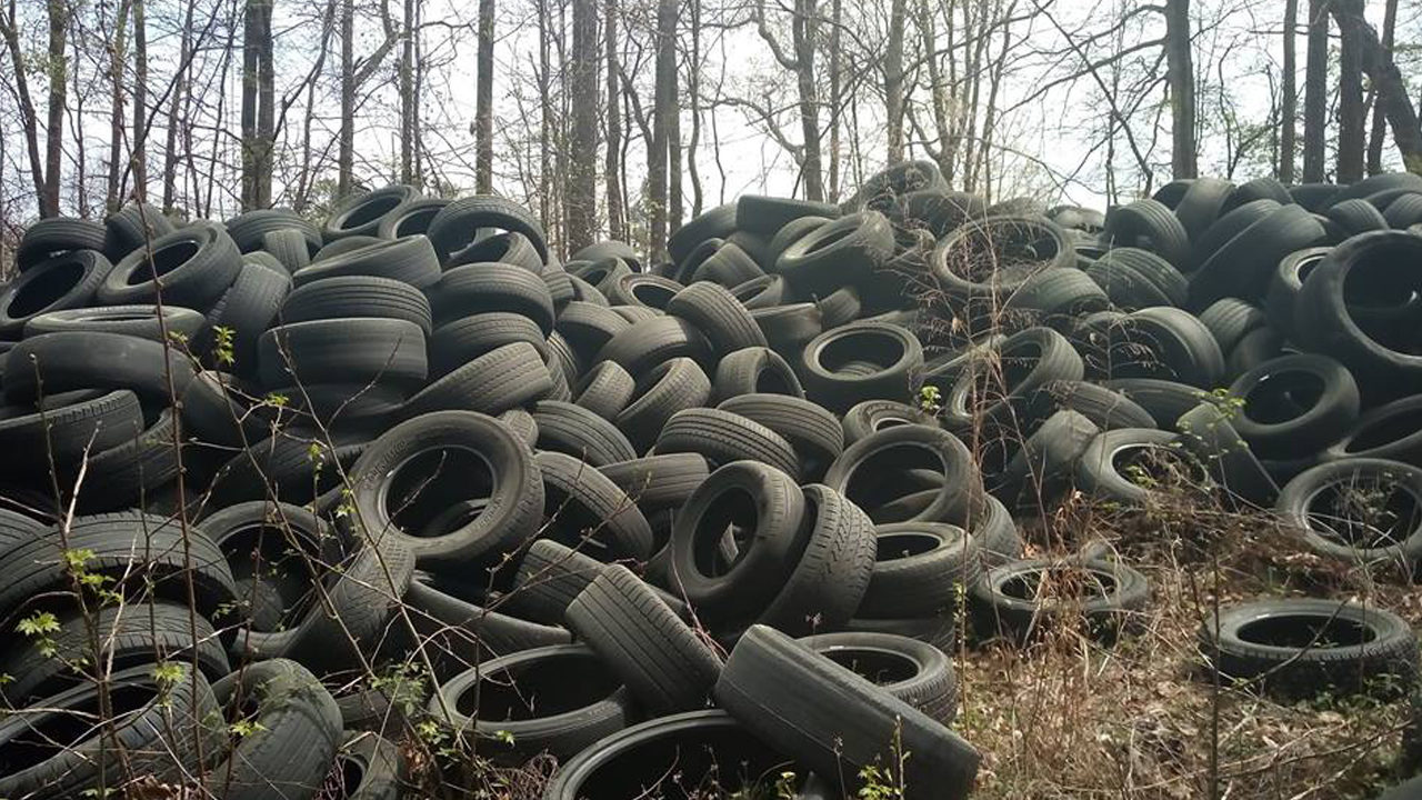 This is dangerous': Neighbors fed up with growing tire dump | WSB-TV
