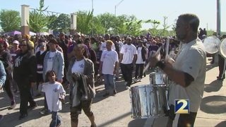 Walkers prepare for Walk To End Lupus