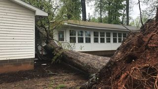 EF-1 tornado confirmed in Hall County during Friday