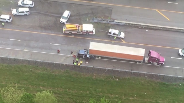 5 from Tennessee killed in interstate crash on the way to