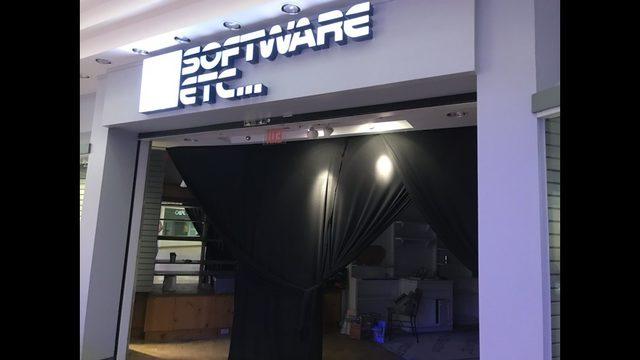 481065fb9c2 R.L. Stine s  Fear Street  turning North DeKalb Mall into a 1990 s era mall.