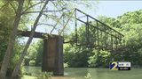 Wall to be built to keep thrill-seekers from historic bridge