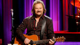 Georgia country star Travis Tritt's tour bus involved in fatal crash
