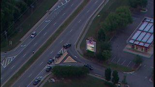 Police investigating bomb threat at metro Atlanta Kroger; roads shut down in area