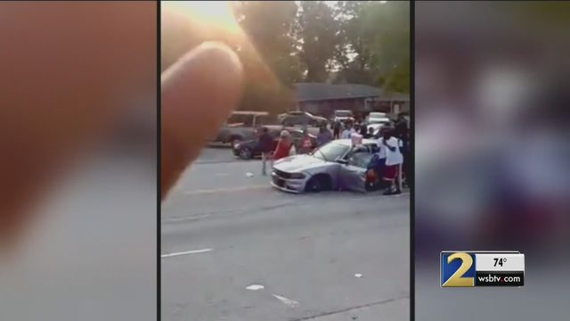 Police chase ends with one man dead, driver still on run