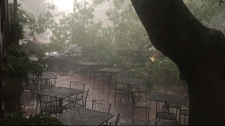 Hundreds without power after heavy rain moves through metro Atlanta