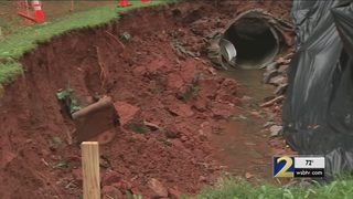 60-foot wide sinkhole opens up for 2nd time next to woman