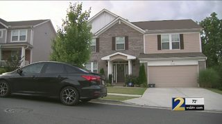 Mother, 2 children tied up during violent home invasion robbery, police say