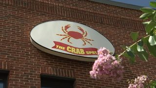 Popular seafood restaurant fails health inspection with 26, temporarily closes