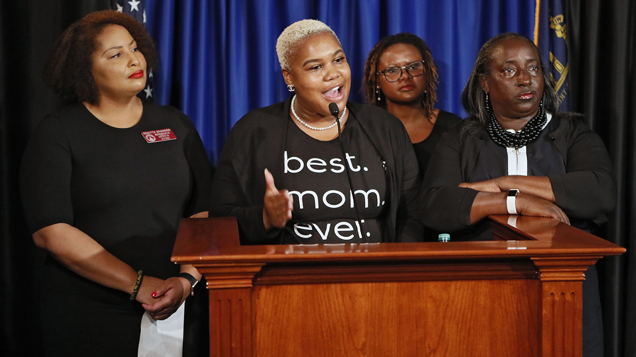 ERICA THOMAS: State rep. says man told her to 'go back where you came from' at grocery store