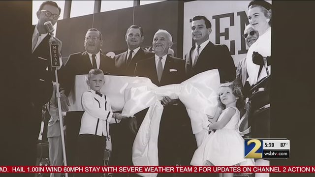 Lenox Square mall celebrates 60 years as Atlanta's shopping mecca