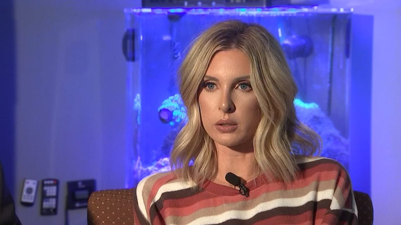 Reality star's daughter says father, brother blackmailing her with sex tape