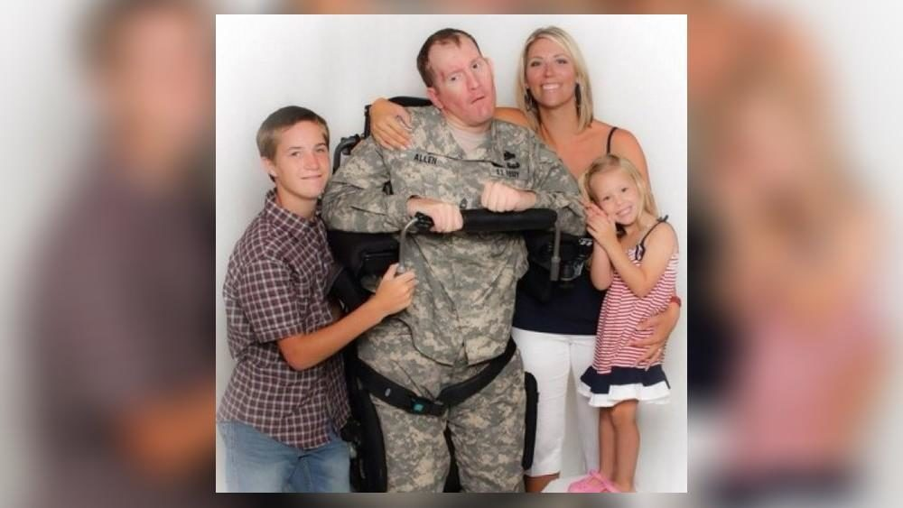 Georgia soldier injured while searching for Bowe Bergdahl dies 10 years later